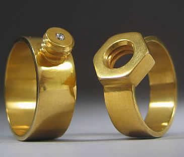 weird-wedding-rings